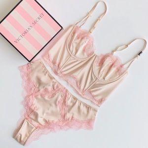 Victoria's Secret cream lingerie set - 36C/LARGE